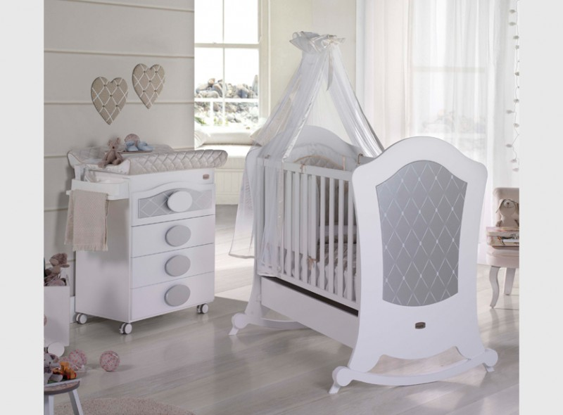 blog mon premier doudou b b arrive bient t pr parer la chambre de b b. Black Bedroom Furniture Sets. Home Design Ideas